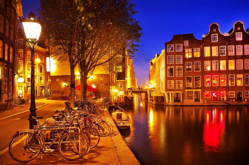 où se loger pas cher à amsterdam ? - terra voyages
